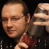 Дмитрий Соколов - один из лучших барменов России - в этом зимнем...