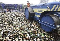 Некачественный легальный алкоголь можно будет уничтожать только под надзором чиновников