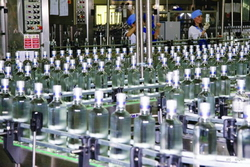 Производители водки обратились к президенту с просьбой о приостановке роста акцизных ставок