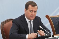 Дмитрий Медведев заявил о необходимости выравнивания акцизов в странах ТС