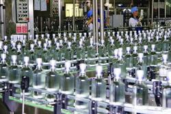 В 2013 году объемы выпуска водки снизились на 12,3%