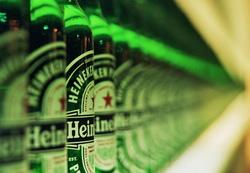 По итогам 2013 года чистая прибыль Heineken сократилась на 53%
