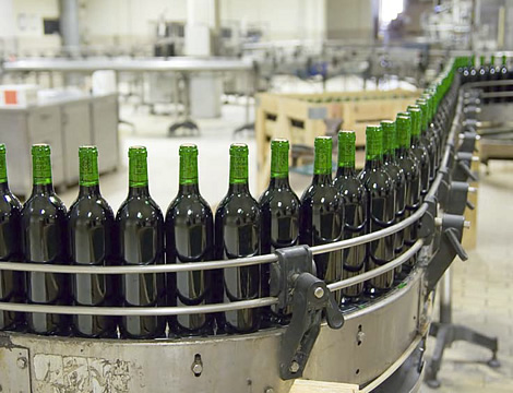 Украина: c 1 марта увеличится акцизная ставка на крепленые вина, шампанское и спирт