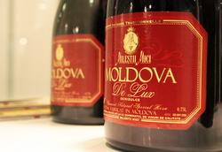 Молдавия: по итогам 2013 года объемы выпуска вина сократились на 7,4%