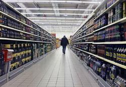 По итогам января-февраля 2014 года объемы продаж водки в РФ сократились на 3%