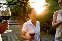 Англичане не готовы покупать вино дороже 6 фунтов стерлингов