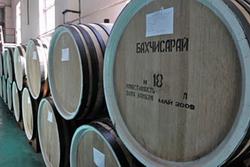 Бахчисарайский винно-коньячный завод переезжает с Крымского полуострова на материк
