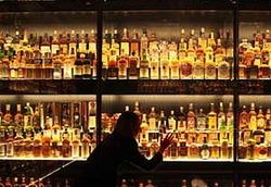 В Казахстане введен запрет на продажу алкоголя с 21:00 до 12:00