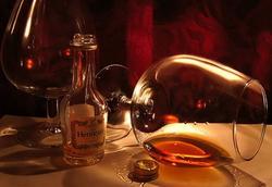 Объемы экспорта французского алкоголя в КНР сократились почти на треть