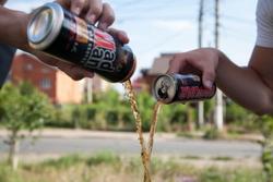 Госдума рассмотрит проект закона о запрете на розничную продажу алкоэнергетиков