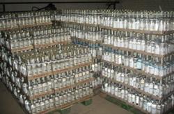 Объемы выпуска контрафактного алкоголя в Украине увеличились до 50%