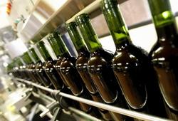 Молдавия: по итогам I полугодия 2014 года объемы выпуска коньяка и шампанского уменьшились вдвое