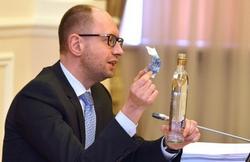 Кабмин принял решение об уменьшении акцизов на алкоголь