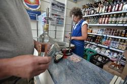 По итогам января-октября 2014 года в удмуртской рознице было продано на 3,5% меньше алкоголя