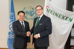 HEINEKEN и UNIDO объявили о заключении партнерского соглашения в области устойчивого развития на развивающихся рынках