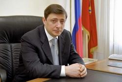 Александр Хлопонин: в 2014 году теневой оборот водки в РФ увеличился в 3 раза