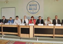 8 сентября 2015 года на Дону представители виноградарства, виноделия и смежных отраслей подписали соглашение о создании первого в России областного винодельческого кластера